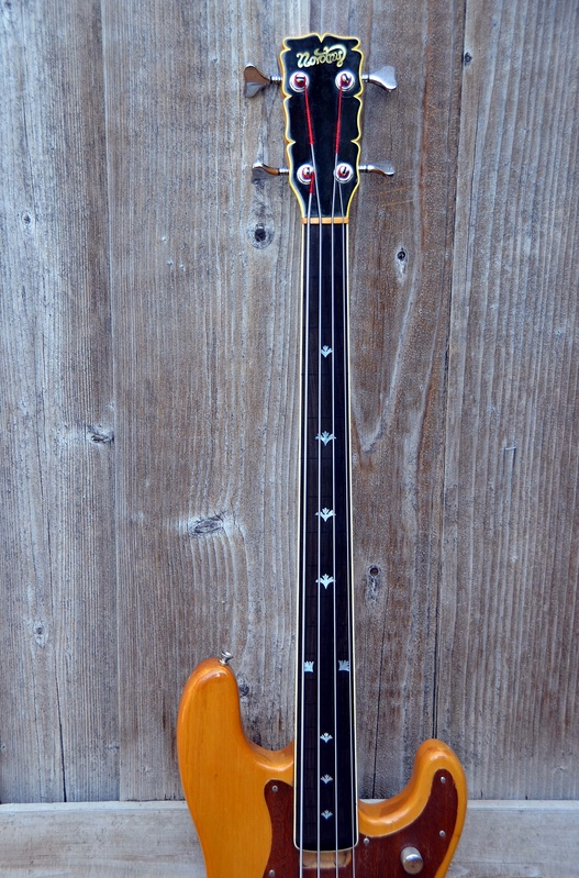 Novotny bass neck